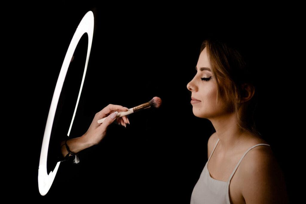 fotograf makijaż ślubny przygotowania kreatywny
