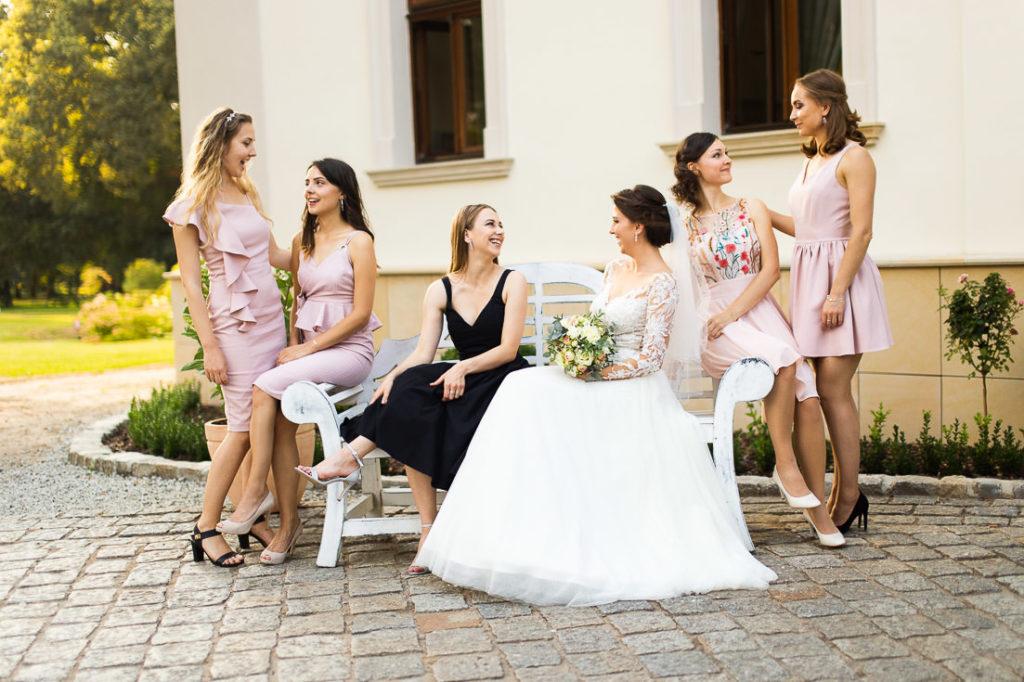 bridemates, świadkowe na ślubie, sukienka dla świadkowej, druhny na ślubie